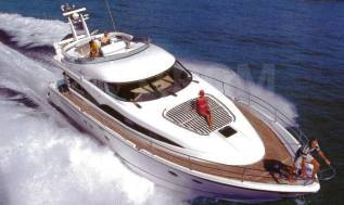 Продается моторная яхта Fairline Sqadron 65