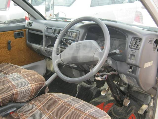Toyota Lite Ace. Продаю 4WD, 2 000куб. см., 1 250кг., 4x4