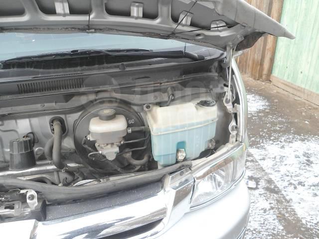 Toyota Hiace. Тойота Хайс 2006 г. в., 15 мест