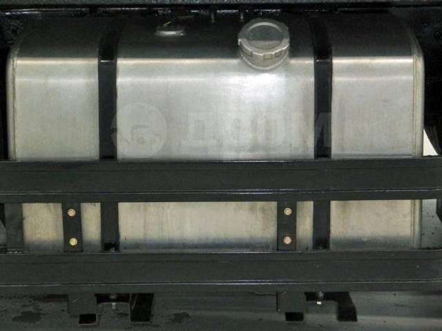 Nissan Diesel. Nissan UD тягач с подъемным седельно-сцепным устройством под ПТС, 21 200куб. см., 24 000кг., 6x4