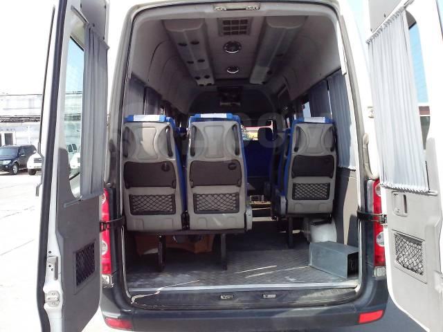 Volkswagen Crafter. 2,5 TDi 15+1 мест, 16 мест