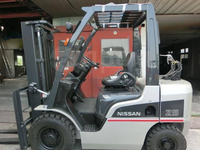 Nissan. Погрузчик вилочный (из Японии), 2 500кг.