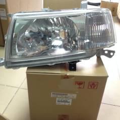 Фара Toyota Probox Succeed 02-05 8117052240 52-075