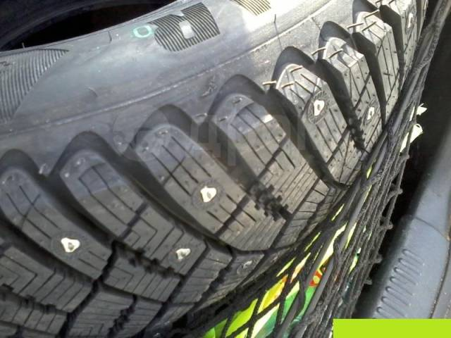 Goodyear Ultra Grip Ice Arctic, 205/55 R16
