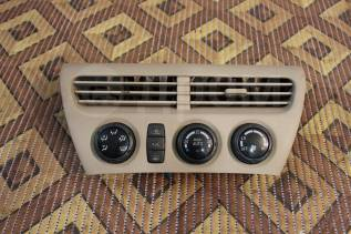 Блок управления климат-контролем. Toyota Vista, ZZV50