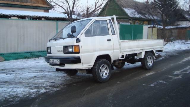 Toyota Lite Ace. Продам грузовик 4вд дизельный, 2 000куб. см., 1 000кг., 4x4