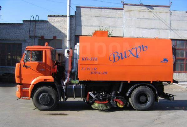 Кургандормаш КО-318Д. Ко-318Д на шасси камаз-53605 вакуумная подметально, 6 700куб. см.