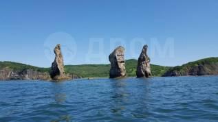 Аренда катера, 9 метров. Прогулки по бухте, островам, рыбалка. 10 человек, 40км/ч