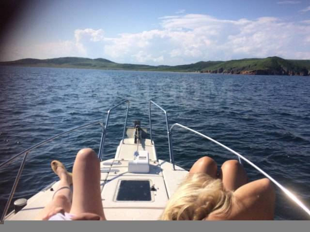 Аренда катера. Морские прогулки, рыбалка, доставка на острова, рейд. 15 человек, 50км/ч