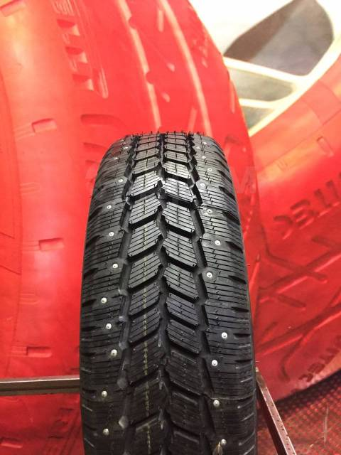 Michelin Agilis 81 Snow-Ice, 215/65 R16C