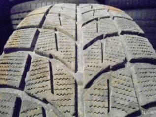 Bridgestone Blizzak WS-60. Зимние, без шипов, 2012 год, 20%