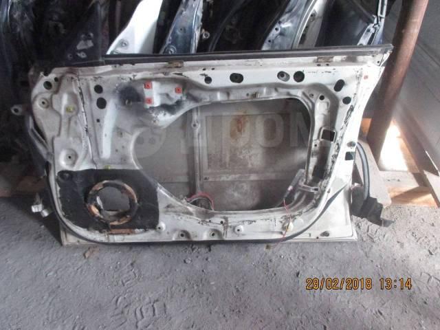 Дверь передняя правая Toyota VZV30 6700132320