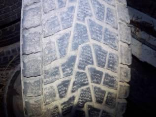 Bridgestone Winter Dueler, 265\70r16