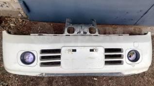 Бампер передний на Nissan Cube