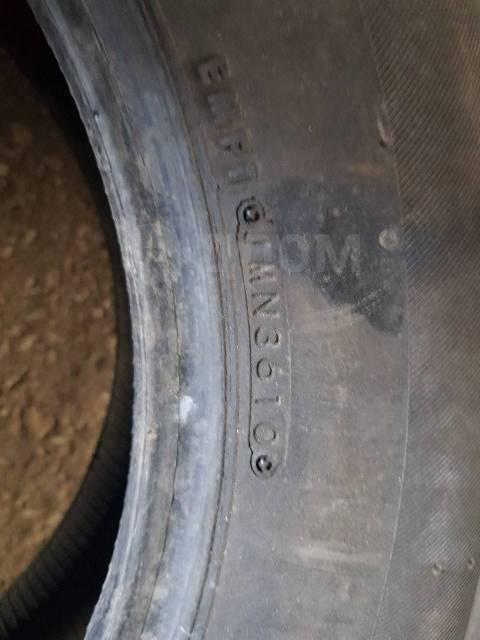 Bridgestone ST30. всесезонные, 2010 год, б/у, износ 10%