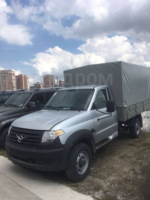 УАЗ Профи. Продается грузовой , 2 700куб. см., 1 500кг., 4x4