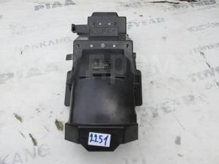 2251) Подкрылок Kawasaki GPX 250