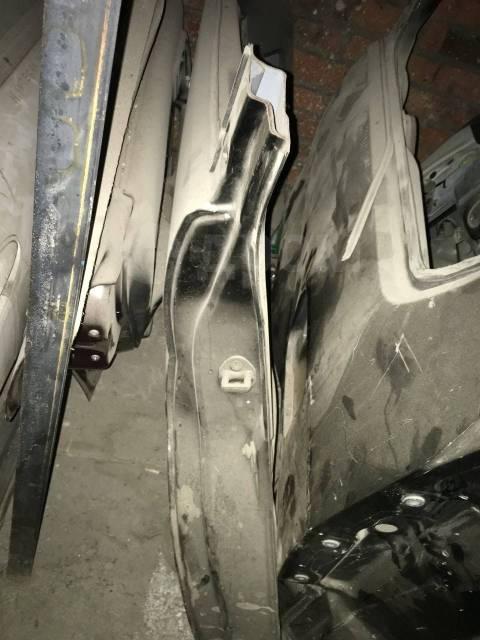 Крыло. Mitsubishi Chariot Grandis, N84W, N86W, N94W, N96W 4G64, 6G72