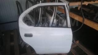 Дверь боковая задняя правая Toyota Camry CV40 SV40
