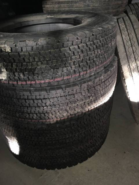 Bridgestone Blizzak W979, 225/80R17.5 LT