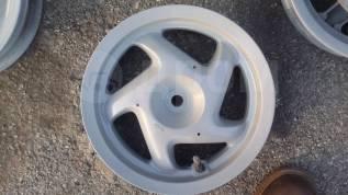 Литой диск задний на мопед Honda Lead 100( AF 48 )