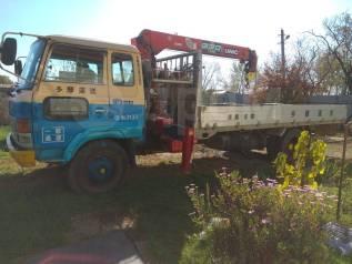 Эвакуатор, грузоперевозки бортовой грузовик с манипулятором
