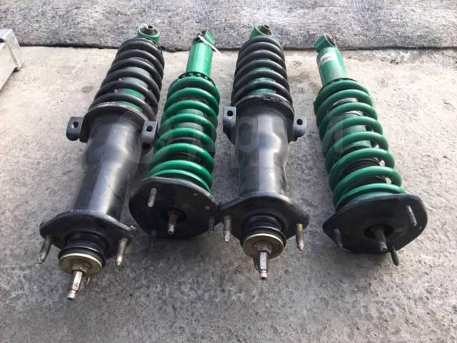 Амортизатор. Toyota Verossa, GX110, JZX110 Toyota Mark II, GX110, JZX110 Toyota Altezza, SXE10