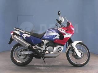 Honda XRV 750 Africa Twin, 2001