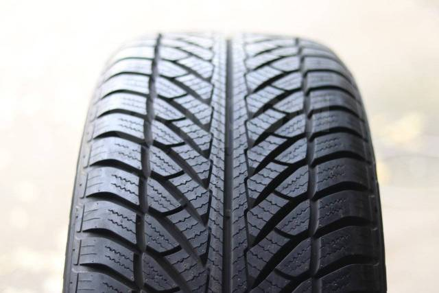 Goodyear UltraGrip Performance, 255/50 R21