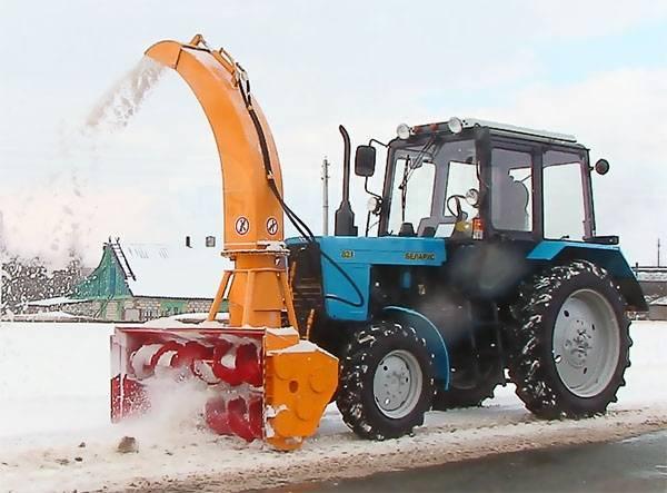 Раскат RV-2 DD-01. Снегоочиститель шнекороторный ШРК-2.0-01 гидравлический поворот желоба, 3 000куб. см.