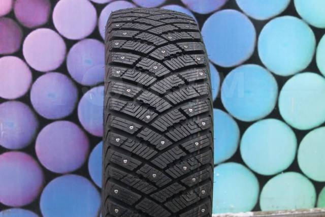 Goodyear Ultra Grip Ice Arctic, 205/70 R15