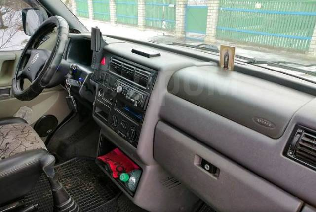 Volkswagen Transporter. Transporter 2002 года, 8 мест. Под заказ