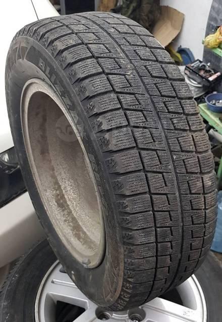 Bridgestone Blizzak Revo2. всесезонные, б/у, износ 30%