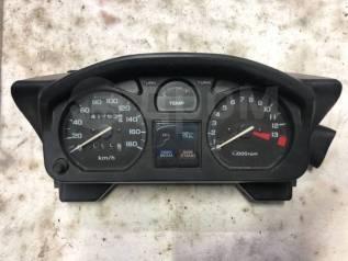 Приборная панель на Honda VT 250F Xelvis