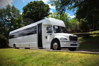 Супер новинка лимузин Party Bus с высоким уровнем сервиса!. С водителем