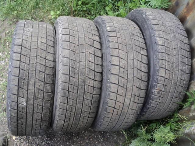 Bridgestone Blizzak Revo1. всесезонные, б/у, износ 40%
