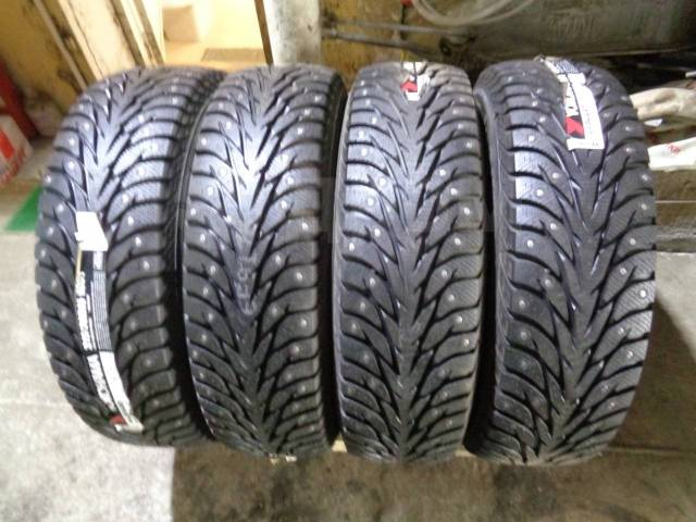 Yokohama Ice Guard IG35, 215/70R16