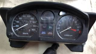 Приборная панель на Honda VT 250 Xelvis