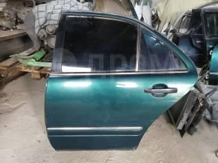 Продам заднюю левую дверь Mersedes Benz E-class W210 в Новосибирске