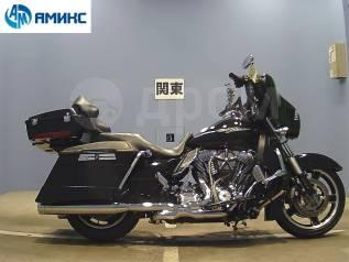 Harley-Davidson Street Glide FLHX1690, 2013