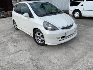 Аренда автомобиля Honda FIT 900р сутки