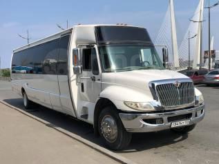 Шикарный лимузин Party Bus ( ПатиБас ) c сервисом и комфортом!