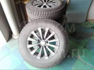 "Bridgestone Blizzak Revo GZ, 205/70 R15. x15"" 5x114.30"