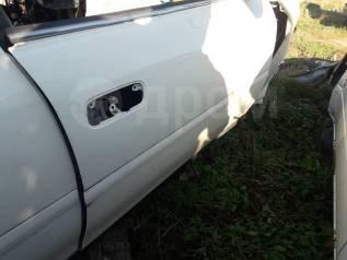 Дверь передняя правая Toyota Chaser JZX100
