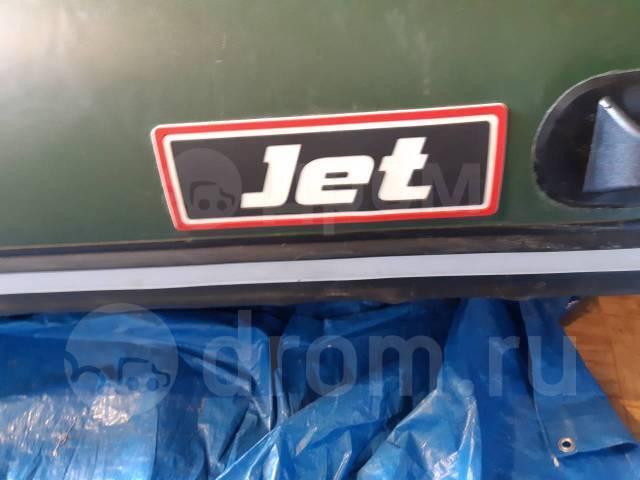 Продам лодку пвх Jet 3.8. 2008 год, длина 3,80м., двигатель без двигателя, 1,00л.с.