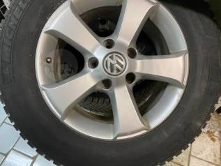 """Комплект колес R17 на Volkswagen Touareg на оригинальных дисках. 7.5x17"""" 5x130.00 ET55 ЦО 71,6мм."""