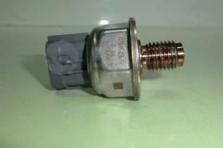 Датчик давления топлива YD25 DDTI F1A 45PP3-4