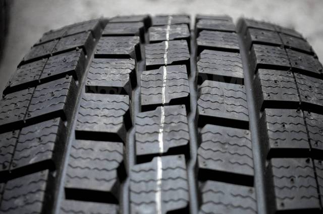 Dunlop SP LT 2, LT 195/70 R17.5 112/110L LT