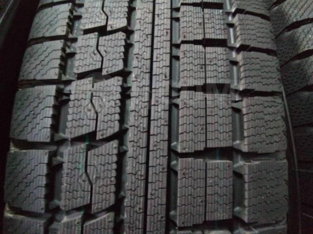 Toyo Winter Tranpath MK4, 215/65 R15