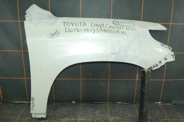 Крыло. Toyota Land Cruiser, GRJ200, URJ200, URJ202, URJ202W, UZJ200, UZJ200W, VDJ200, FZJ71, FZJ76, FZJ78, FZJ79, GRJ71, GRJ76, GRJ76K, GRJ78, GRJ79...